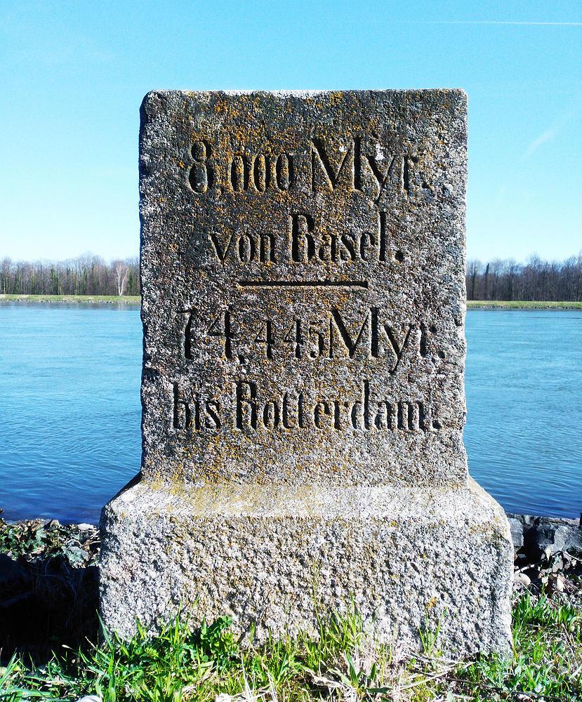 Myriameterstein ~ alle 10000 Meter = 1 Myr