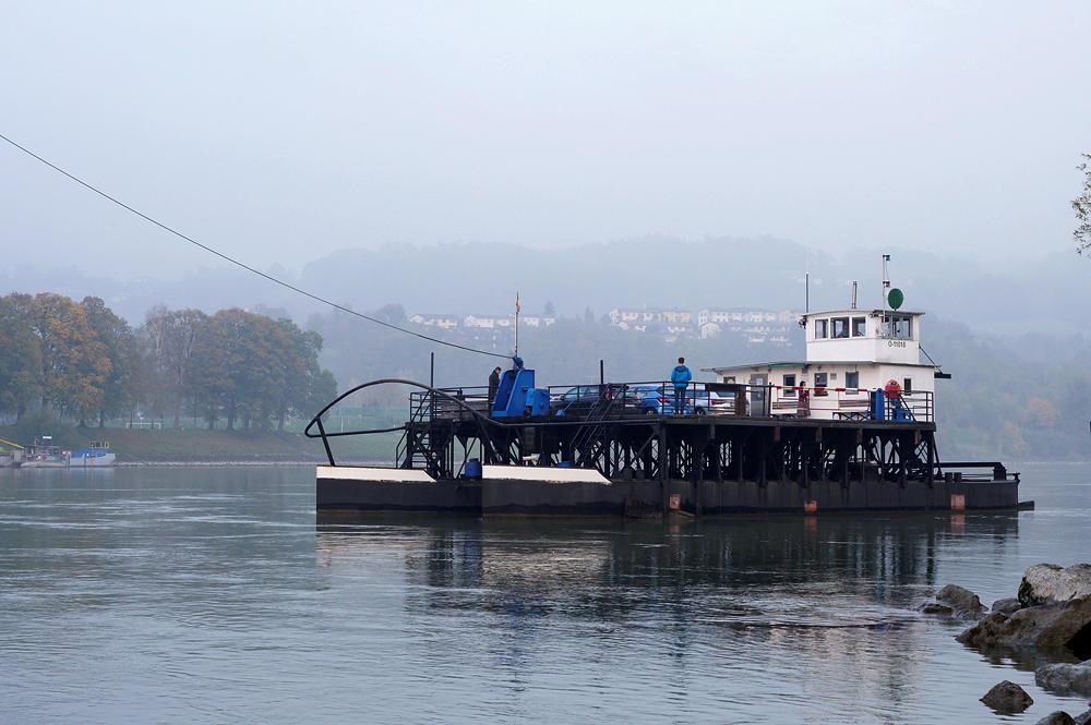 Drahtseilfähre über die Donau bei Ottensheim