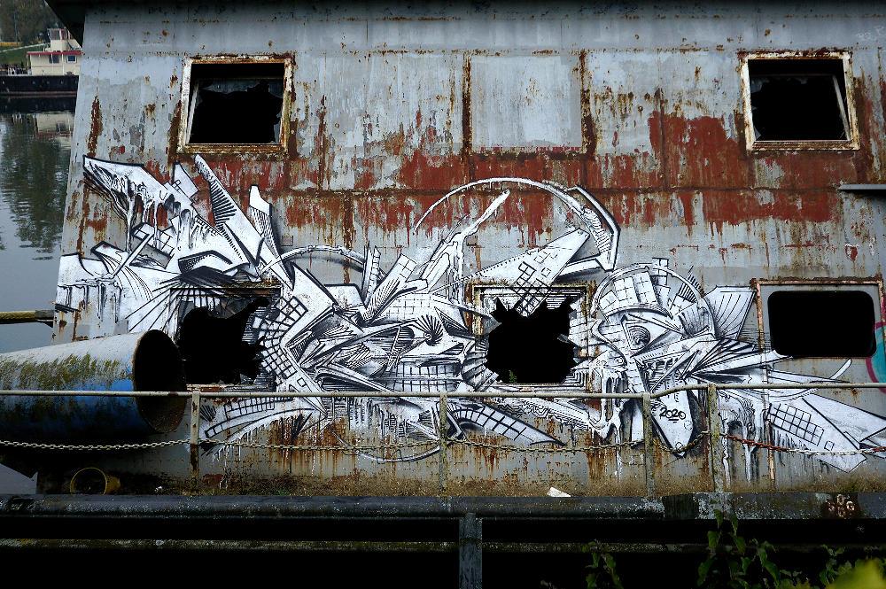 abgesoffen . . .  Graffity